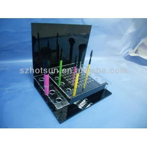 Good Design black makeup display stand