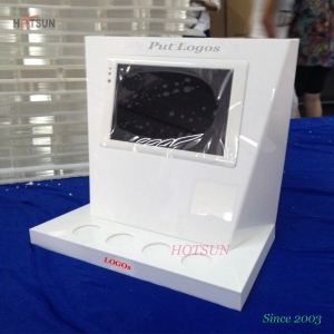 White Color LED Lighting Up Cosmetic Display Stand Counter Top Acrylic Display Stand with LCD Monitor