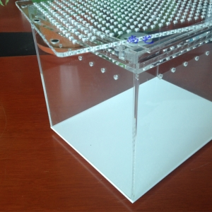 Clear Acrylic Reptile Pet Cage Supplier