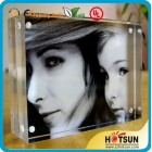 China 4x6 5x7 Clear Acrylic Magnetic Family Photo Frame factory