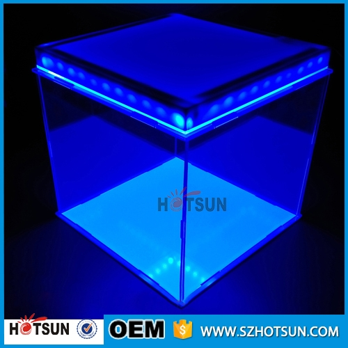 Latest design clear cube acrylic top led display box